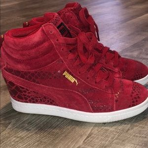 Women's Puma Sneaker Wedge